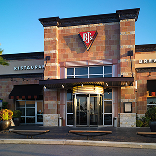 Orlando Mall at Millenia, Florida Location - BJ's Restaurant & Brewhouse