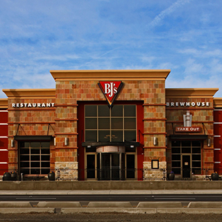 Stockton, California Location - BJ's Restaurant & Brewhouse