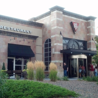 Aurora, Colorado Location - BJ's Restaurant & Brewhouse