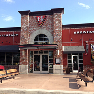 Fresno, California Location - BJ's Restaurant & Brewhouse