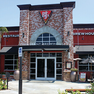 Moreno Valley, California Location - BJ's Restaurant & Brewhouse