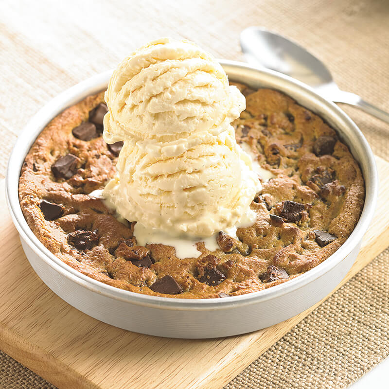 Pizookie Cookie Dessert - BJ's Restaurant & Brewhouse