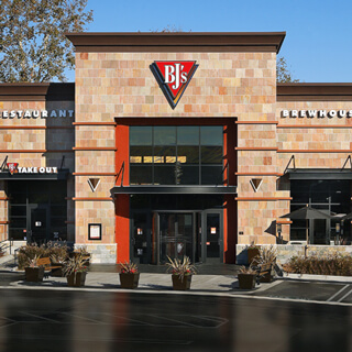 New Braunfels, Texas Location - BJ's Restaurant & Brewhouse