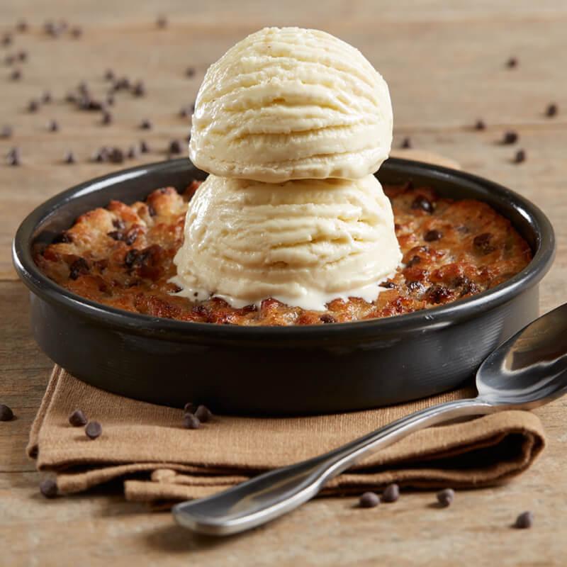 Gluten Free Chocolate Chip Pizookie Bj S Dessert Menu Menu Bj S Restaurants And Brewhouse