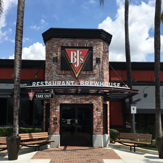 Arcadia California Location Bj S Restaurant Brewhouse Take Out