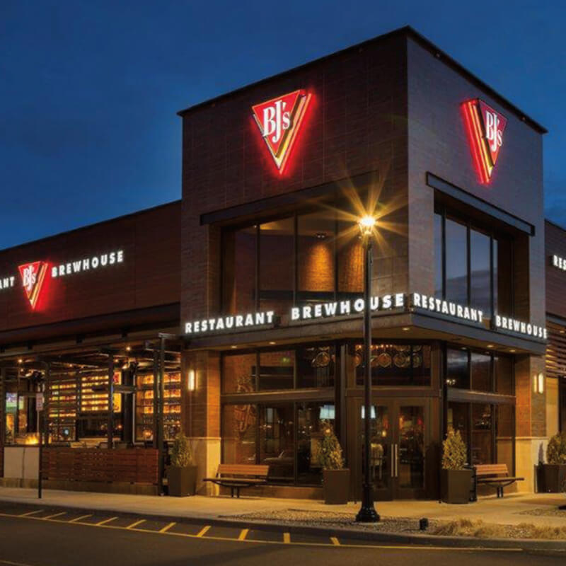 BJ's Restaurant & Brewhouse - Find a location near you