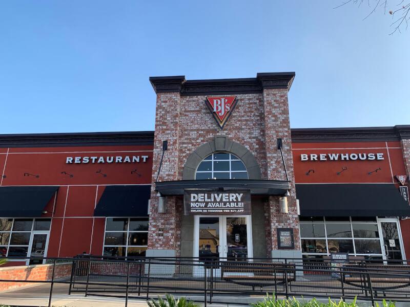 Elk Grove, California Location - BJ's Restaurant & Brewhouse