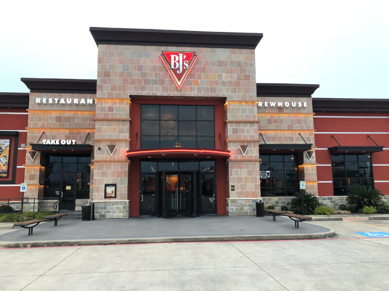 Shenandoah, Texas Location - BJ's Restaurant & Brewhouse