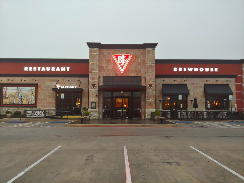 San Antonio, The Rim, Texas Location - BJ's Restaurant & Brewhouse