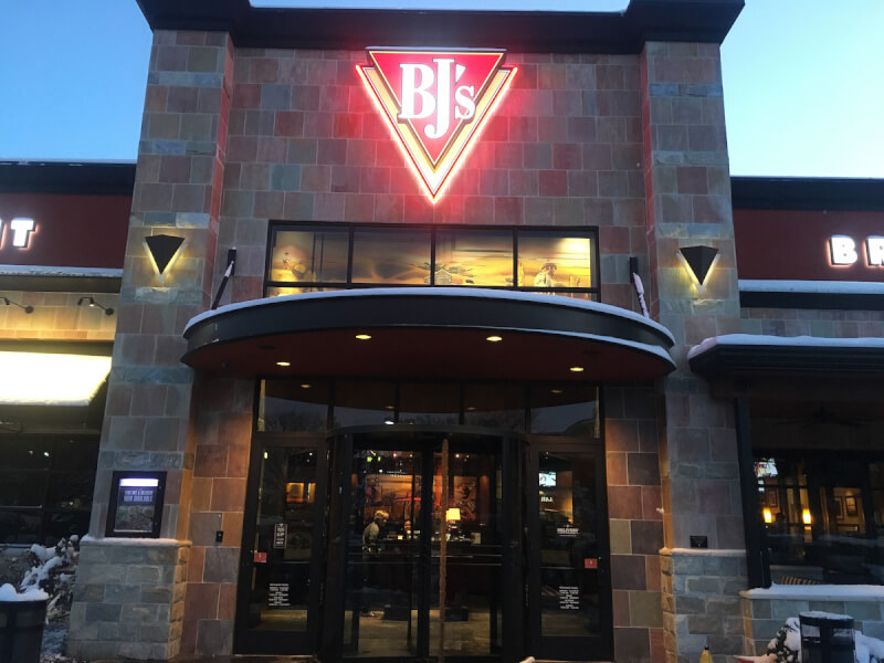 Redmond, Washington Location - BJ's Restaurant & Brewhouse