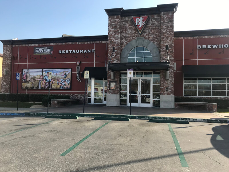 San Bernardino, California Location - BJ's Restaurant & Brewhouse