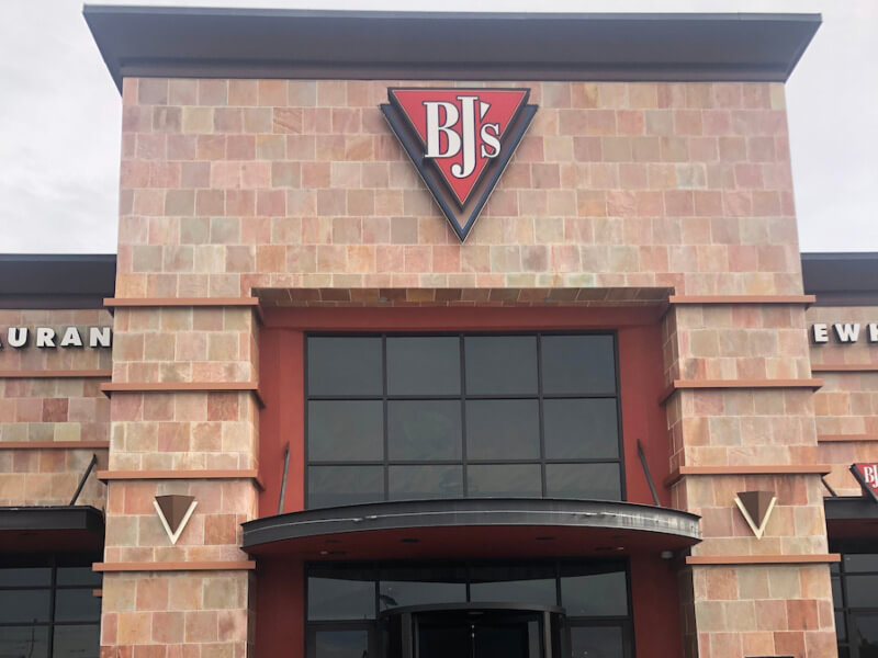 College Station, Texas Location - BJ's Restaurant & Brewhouse