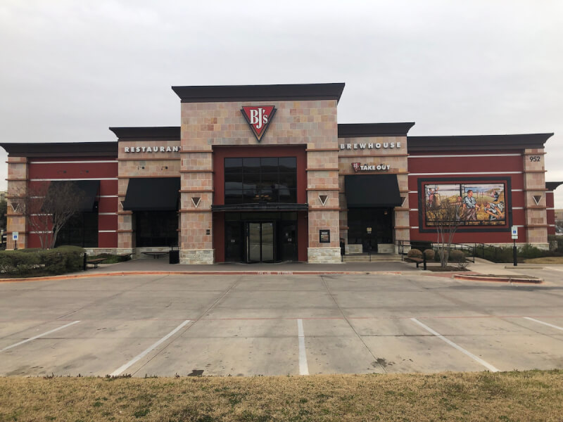 Hurst, Texas Location - BJ's Restaurant & Brewhouse