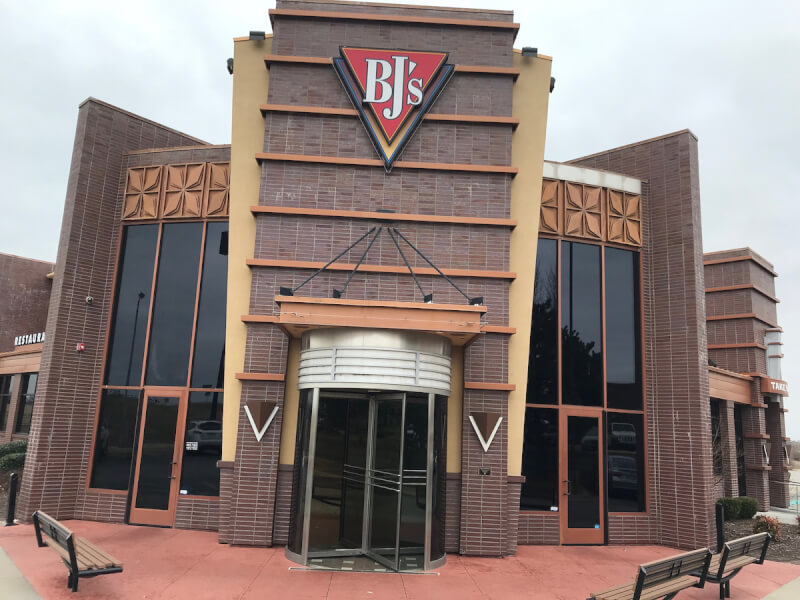 Norman, Oklahoma Location - BJ's Restaurant & Brewhouse