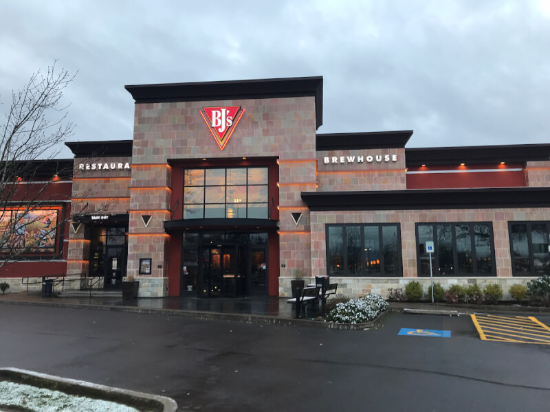 Eugene, Oregon Location - BJ's Restaurant & Brewhouse