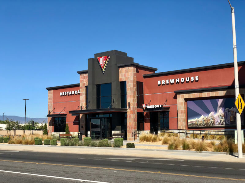 Victorville, California Location - BJ's Restaurant & Brewhouse