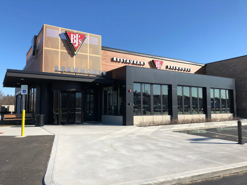 Warwick, Rhode Island Location - BJ's Restaurant & Brewhouse