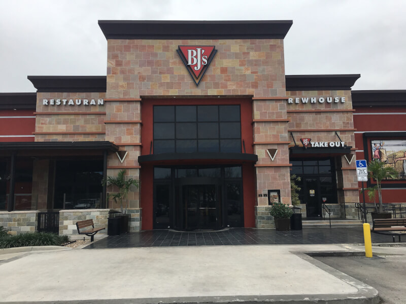 Doral, Miami International Mall, Florida Location - BJ's Restaurant & Brewhouse