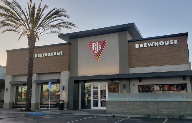 San Diego, La Jolla, California Location - BJ's Restaurant & Brewhouse